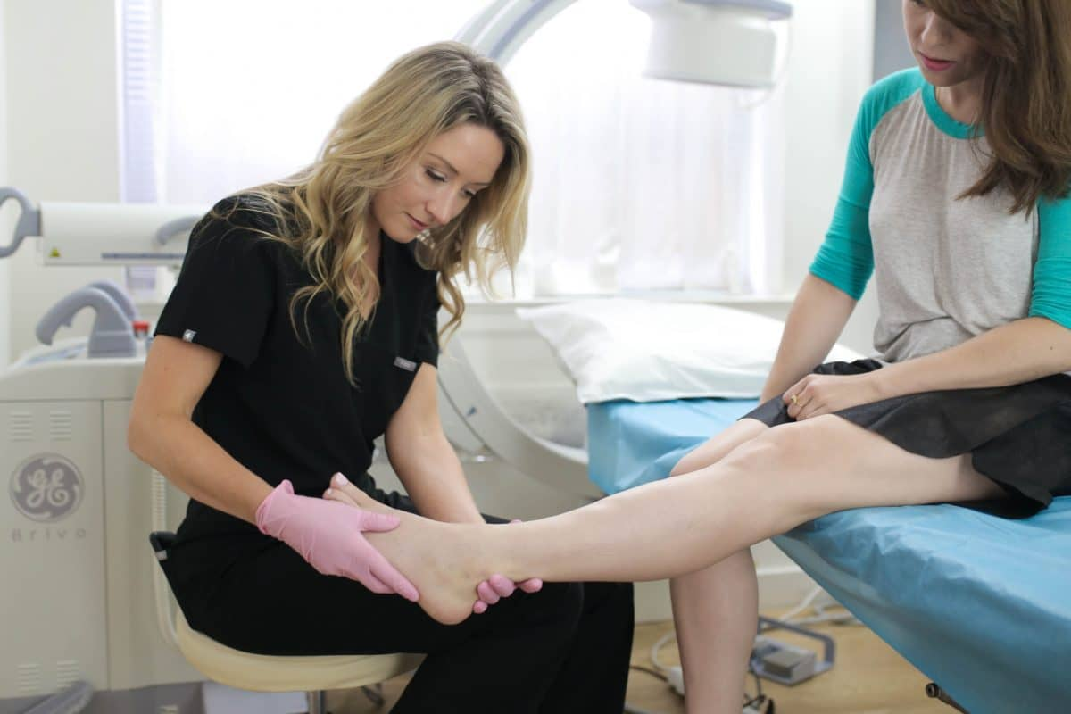 Finding vein centers isn't as complicated as you may think — not if you have a clear guideline. This article provides a comprehensive guide to finding the best vein center in NJ.